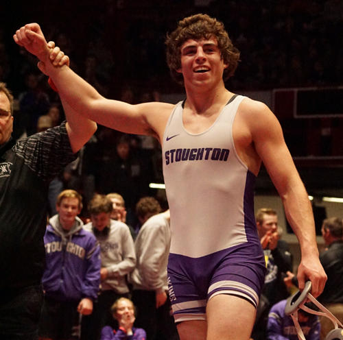 Stoughton, Mukwonago Advance to Division 1 Team Wrestling Title Match