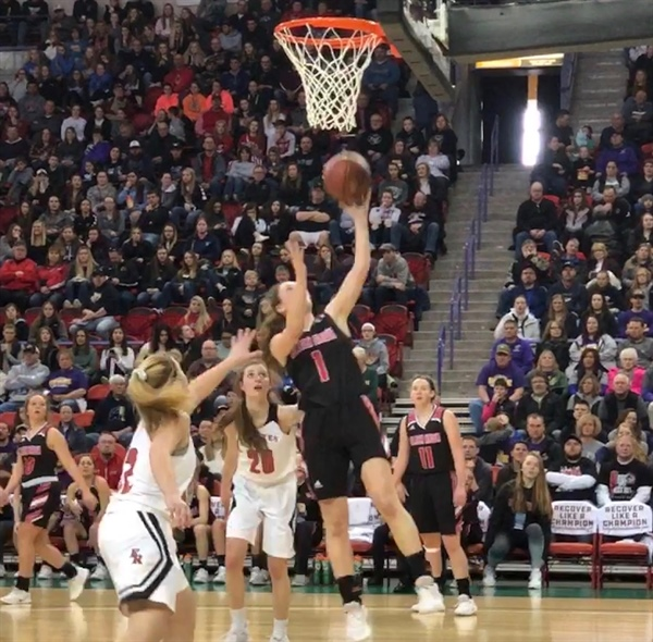 Battle of Undefeateds in Division 5 Girls Basketball Title Game