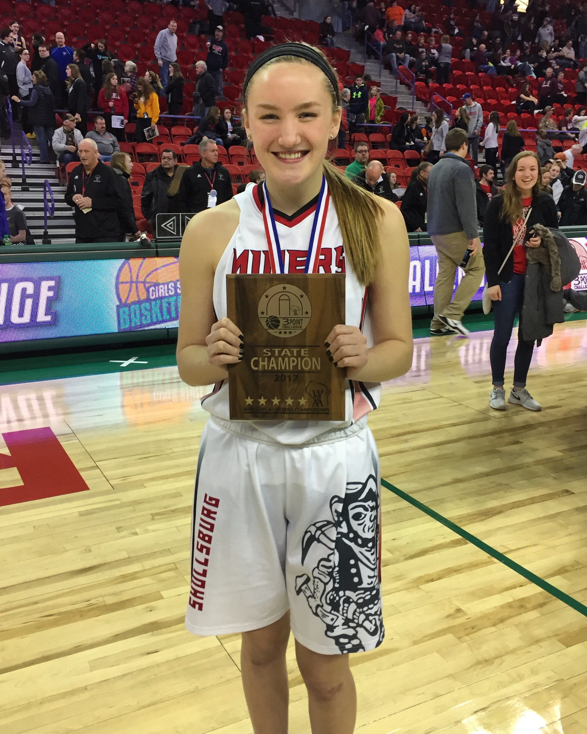 2f578f70 Hattie Rennert, a senior from Shullsburg, won the 2017 girls 3-Point  Challenge held Saturday morning at the Resch Center in conjunction with the  State Girls ...
